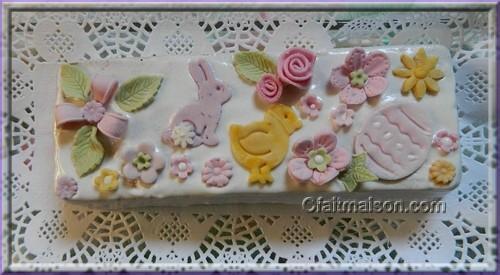 D cors de p ques comestibles chocolats biscuits g teaux - Comment decorer un gateau avec pate a sucre ...